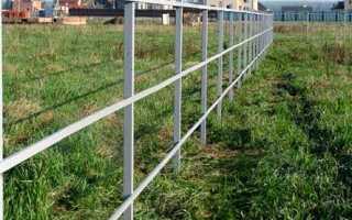 Особенности монтажа столбов металлических заборов