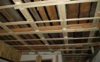 Ремонт потолка в деревянном доме своими руками