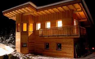 Примеры дачных домов с односкатной крышей